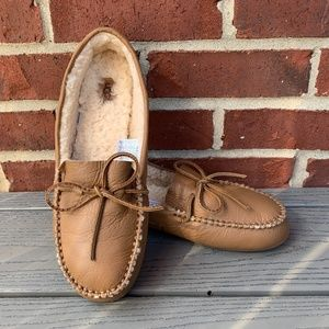 New UGG Deluxe Loafer